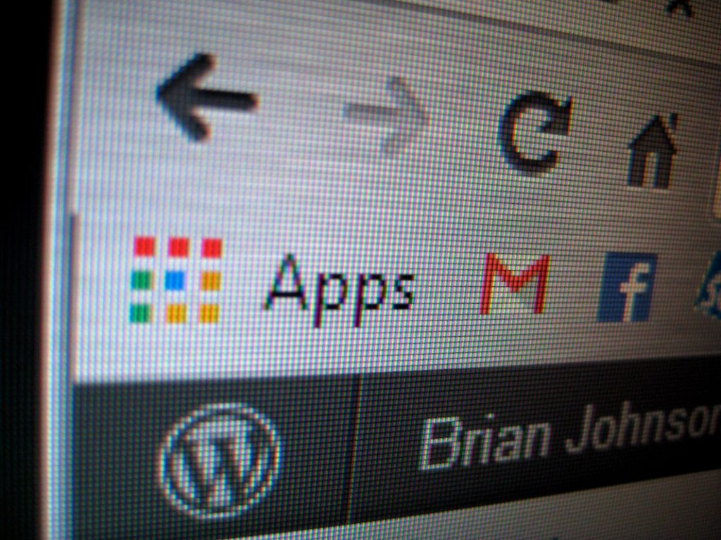 remove Chrome 2 apps button