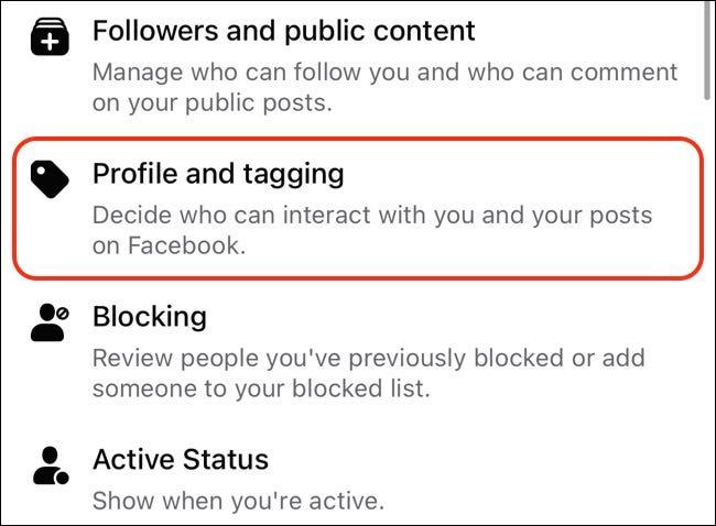 Profil et tags sur Facebook.