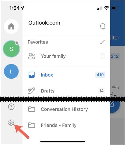 Microsoft Outlook settings.